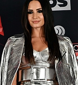 Demi_Lovato_-_iHeartRadio_Music_Awards_on_March_5-15.jpg
