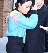 Demi_Lovato_-_is_seen_in_New_York_City_on_March_21-04.jpg
