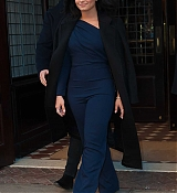 Demi_Lovato_-_leaving_her_hotel_in_New_York_on_March_20-04.jpg