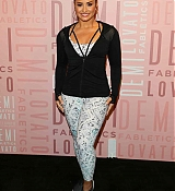 Demi_Lovato_-_visits_Fabletics_at_Del_Amo_Fashion_Center_in_Torrance2C_CA_-_January_2700003.jpg
