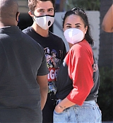 Demi_Lovato___Max_Ehrich_-_Out_shopping_on_Rodeo_Drive_in_Beverly_Hills2C_California__07272020-01.jpg