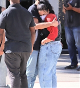Demi_Lovato___Max_Ehrich_-_Out_shopping_on_Rodeo_Drive_in_Beverly_Hills2C_California__07272020-03.jpg