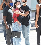 Demi_Lovato___Max_Ehrich_-_Out_shopping_on_Rodeo_Drive_in_Beverly_Hills2C_California__07272020-08.jpg