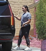 Leaves_the_gym_in_LA_July_122C_201800005.jpg