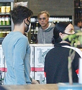 Stocks_up_on_groceries_at_Erehwon_in_Calabasas_-_March_171.jpg