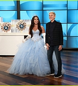 The_Ellen_DeGeneres_Show_-_October_30-01.jpg