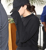 Arriving_at_LAX_Airport_With_Black_Outfit_-_July_24-03.jpg