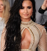 Demi_Lovato_-_The_59th_GRAMMY_Awards_at_STAPLES_Center_in_Los_Angeles-04.jpg