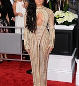 Demi_Lovato_-_The_59th_GRAMMY_Awards_at_STAPLES_Center_in_Los_Angeles-07.jpg