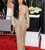 Demi_Lovato_-_The_59th_GRAMMY_Awards_at_STAPLES_Center_in_Los_Angeles-09.jpg