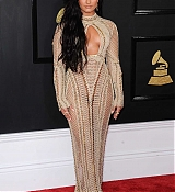 Demi_Lovato_-_The_59th_GRAMMY_Awards_at_STAPLES_Center_in_Los_Angeles-19.jpg