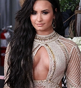 Demi_Lovato_-_The_59th_GRAMMY_Awards_at_STAPLES_Center_in_Los_Angeles-25.jpg