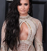 Demi_Lovato_-_The_59th_GRAMMY_Awards_at_STAPLES_Center_in_Los_Angeles-28.jpg