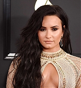 Demi_Lovato_-_The_59th_GRAMMY_Awards_at_STAPLES_Center_in_Los_Angeles-37.jpg