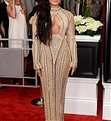 Demi_Lovato_-_The_59th_GRAMMY_Awards_at_STAPLES_Center_in_Los_Angeles-39.jpg
