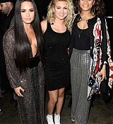 Demi_Lovato_-_The_59th_GRAMMY_Awards_at_STAPLES_Center_in_Los_Angeles_5BBackstage5D-07.jpg