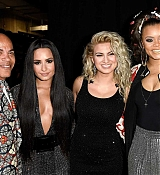 Demi_Lovato_-_The_59th_GRAMMY_Awards_at_STAPLES_Center_in_Los_Angeles_5BBackstage5D-12.jpg