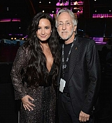 Demi_Lovato_-_The_59th_GRAMMY_Awards_at_STAPLES_Center_in_Los_Angeles_5BBackstage5D-17.jpg