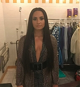 Demi_Lovato_-_The_59th_GRAMMY_Awards_at_STAPLES_Center_in_Los_Angeles_5BBackstage5D-22.jpg