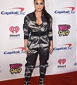 Wild_94_9_Jingle_Ball_in_San_Jose2C_CA_-_November_30-04.jpg