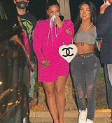 Demi_Lovato_-_At_Nobu_in_Malibu2C_California__08072020-01.jpg