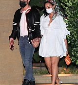 Demi_Lovato_-_At_Nobu_in_Malibu2C_California__08292020-03.jpg