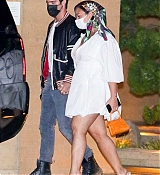 Demi_Lovato_-_At_Nobu_in_Malibu2C_California__08292020-06.jpg