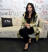 Demi_Lovato_-_Music_Choice_at_Music_Choice_Studios_in_New_York_City_-_March_222C_2018-04.jpg