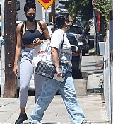Demi_Lovato_-_Out_and_About_in_Los_Angeles2C_California_08262020-04.jpg