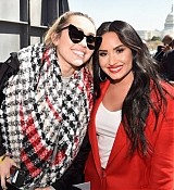 Demi_Lovato_-__March_For_Our_Lives__in_Washington2C_DC_on_March_24_02.jpg