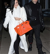 Demi_Lovato_-_and_Henri_Levy_out_for_a_romantic_dinner_in_Aspen2C_CO_January_22C_2019-03.jpg
