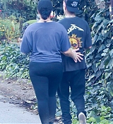 Demi_Lovato_-_goes_on_a_hike_with_her_new_boyfriend_Austin_Wilson_in_Studio_City2C_CA__11162019-03.jpg