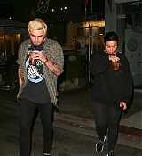 Demi_Lovato_-_night_out_in_West_Hollywood_11052018-09.jpg