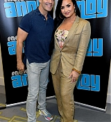 Demi_Lovato_sits_with_Andy_Cohen_on_SiriusXM_s_Radio_Andy_on_January_302C_2020_in_Miami2C_Florida-07.jpg
